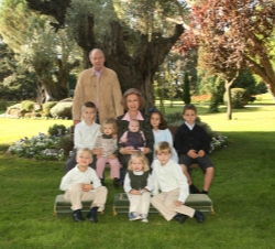 Their Royal Majesties with their grandchildren