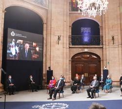 Proyección del video de Agradecimiento de Raúl Padilla, Premio Princesa de Asturias de Comunicación y Humanidades y presidente de la Feria Internacion