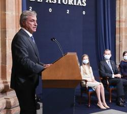 El Premio Princesa de Asturias de los Deportes, Carlos Sainz, dirige unas palabras con motivo de su reciente galardón