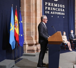 Intervención del jefe de la UCI del Hospital Gregorio Marañon de Madrid y del Grupo HM, en representación del Premio Princesa de Asturias de la Concor
